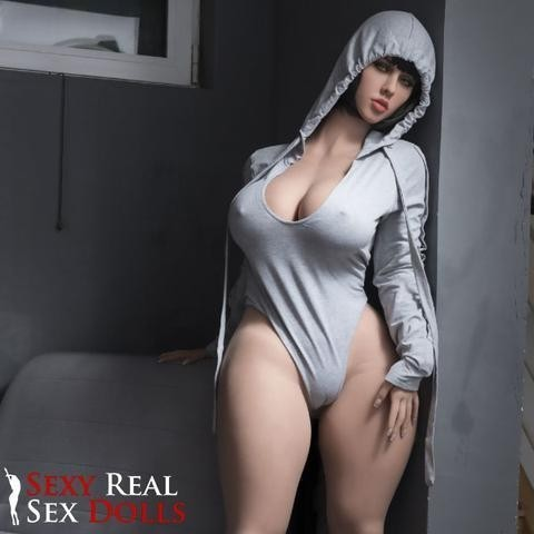 Sex doll (that excites me)